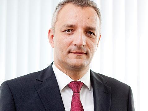 dr.sc. Dino Ivan Dogan